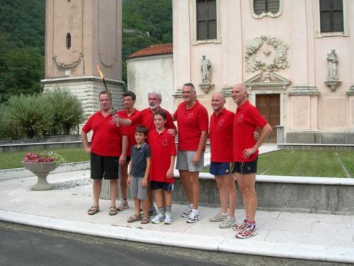 2010 fiaccola - foto di gruppo